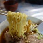 白孔雀食堂 - 麺は最高ランク品