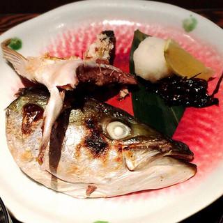 芳志 - イナダかぶと塩焼きアップ