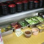練馬東税務署 食堂 - コンパクトなサラダバー