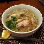 ヴェトナム・アリス - 春巻ランチセット の 鶏肉のフォー 1620円