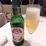 シェフス - 青島ビール¥700