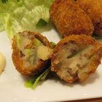 フクモリ - だだ茶豆コロッケと食事セット(ご飯、味噌汁、色々小鉢、香の物)&アイス・ジャスミンティー4