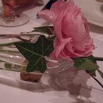 レストラン・モリエール - テーブルの上の一輪挿し