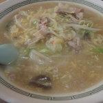 中華料理 楽鳳 - チャンポン 650円