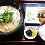 鮎味亭 - 麺類セットとして数種類のミニ単品あります。