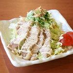 めんりすと - 蒸し鶏のさっぱりサラダ 400円