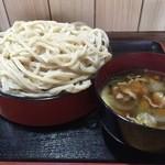 うどん工房 まる玉 - 料理写真:肉汁うどん(大盛)