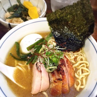 らぁめん 欽山製麺所 - 料理写真:鶏そば + 特製オプション (700+200円) '15 10月中旬