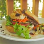 阿里山cafe - クリーミー豆のペーストのベーグルサンド