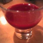栄作 - 鼈の生血(りんごジュースで割ってある)