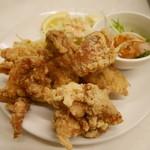 らんまん食堂 - 鶏の唐揚げ定食(ご飯、ポテサラ、キャベツ千切り、副菜)