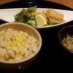 44422073 - 変わりご飯 魚料理 小鉢