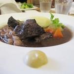 44426811 - 新潟県産牛赤ワイン煮