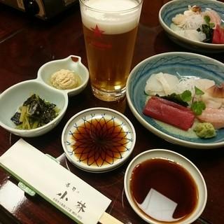 寿司の小林 - 料理写真:ビールにお通しの松川鰈の卵煮付け他