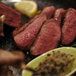肉屋うたがわ2 - 青森県産鴨胸肉ロースト