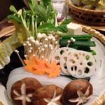 木曽路 - 野菜盛り3人前