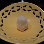 日本料理 晴山 - (2013年4月)ジャガイモの千切りととびっこの卵をあえた繊細な一品!