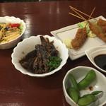 船出 - 鰯の生姜煮 ¥250 生ハムとほうれん草のペンネサラダ ¥300