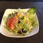 ビーエス アジアンレストラン&バー - サラダ