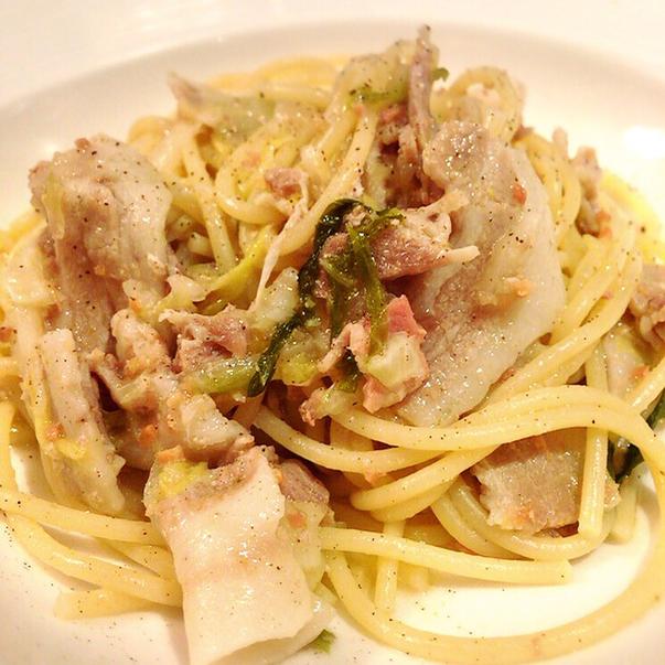 Taverna GUSTAVINO - 豚肉と白菜のパスタ