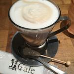 猿Cafe  - カフェラテ