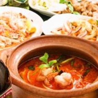 全100種類低価格でタイの本格料理が味わえる!