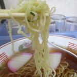 栗田お好み焼 - 中加水極細縮れ麺はさくさく軽い