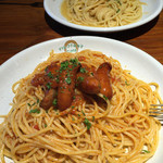 サージョンズカフェ イタリアーノヨコハマ - ソーセージのトマトソースと和風明太子