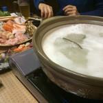 次元 - 料理写真:おまかせ鍋!