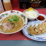 天下一品 - 餃子定食( こってり) 980円