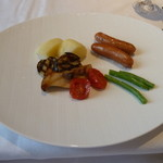 箱根ハイランドホテル ラ・フォーレ - ラクレット料理のお料理(これにチーズを掛けて頂きます)