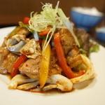 我が家 - 豚ニクキャベツの味噌炒め定食(日替わり