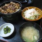 小金家 - 焼き鳥丼定食 700円