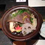 44470913 - 神戸牛と野菜の陶板焼き