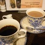 カフェ サクラ - ホット珈琲とカフェオレ