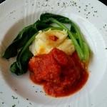 パンチーニ横浜 - 大山鶏もも肉のトマト煮込み 男爵のピューレ添