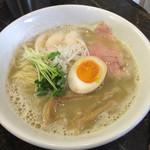 えびす丸 - 魚介×鶏白湯ラーメン