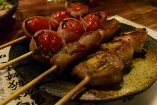 えんや 難波千日前店 - ●しそ巻豚肉とトマト巻ベーコンが、またまたイケるんだなぁ~