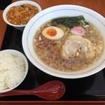 44479152 - 週替わりランチ ラーメン+ミニ麻婆豆腐 半ライス付