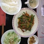 ブラックバッカラ - 青椒肉絲ランチ