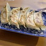 徳島ラーメン にし利 - 徳島らーめん にし利(餃子 5個入り)