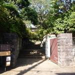 八雲茶寮 - ひっそりと佇む門
