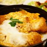 44486738 - 茶美豚かつ丼 ロース 80g (1,520円)