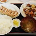 餃子の王将 - すぶた定食850円⇒817円