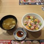 目利きの銀次 - バラチラシ丼