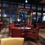 レストラン&バー インザパーク - 誰もいない店内を独り占め