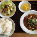 山王うどん - もつ煮定食=500円