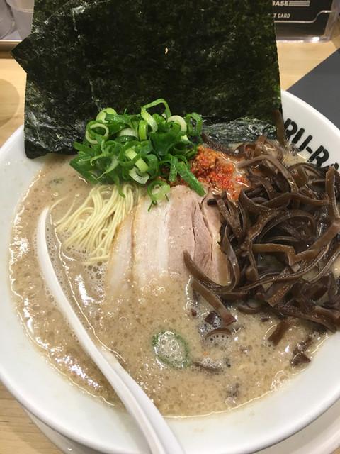 イップウドウ シロマル ベース 渋谷店 - からかベース3辛+海苔+きくらげ