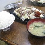 4450573 - ガッツリ夕食!