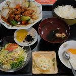 中華料理・ちゃんぽん 華豊 - 酢豚定食